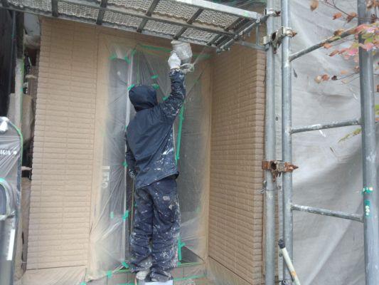 塗装工事中の外壁②